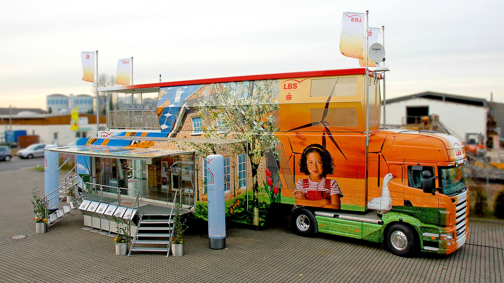 mobile-Filiale mobile-Zweigstelle mobiles-Marketing Promotion Infomobil Truck Roadshow Showtruck