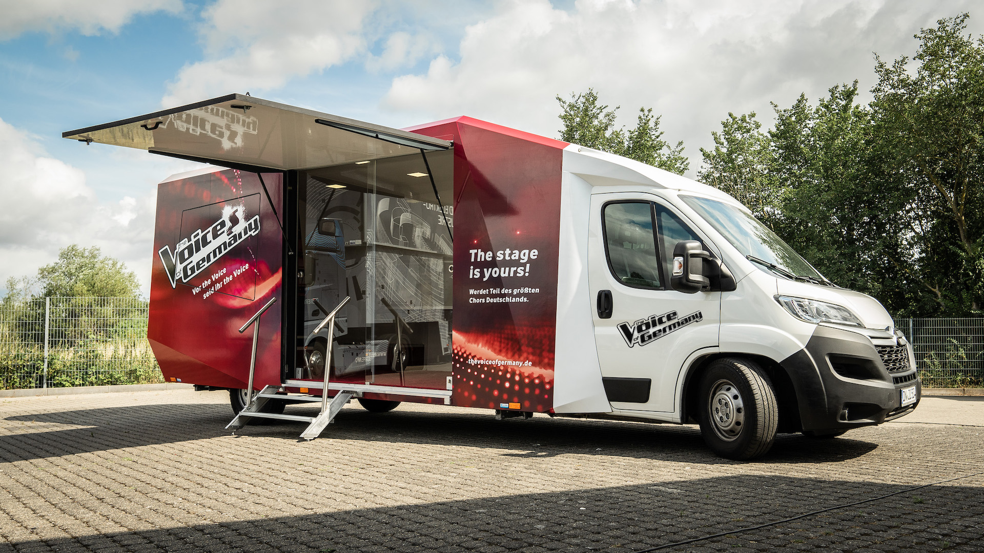 Voice_of_germany_truck_roadshow